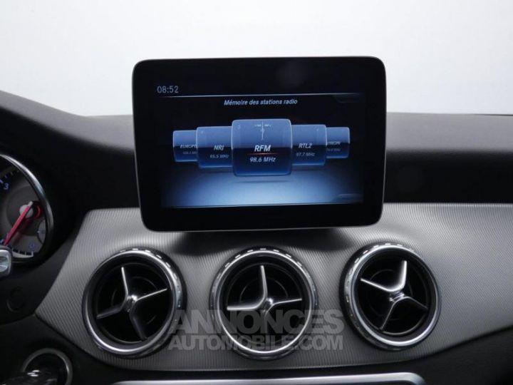 Mercedes Classe GLA 200 d Sensation 7G-DCT Blanc Cirrus Occasion - 10