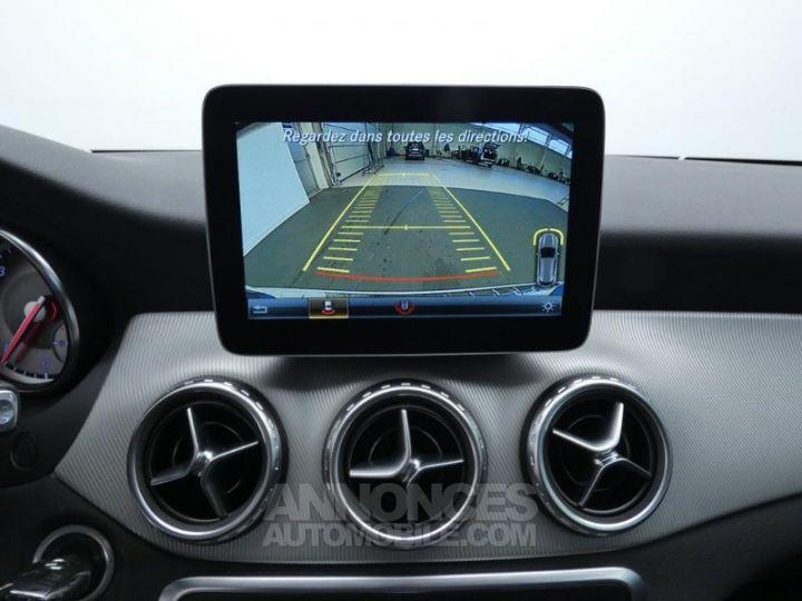 Mercedes Classe GLA 200 d Sensation 7G-DCT Blanc Cirrus Occasion - 11