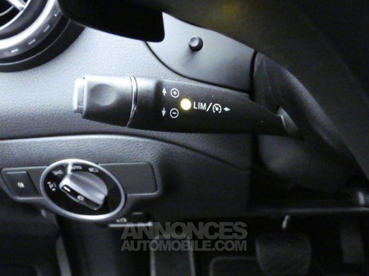 Mercedes Classe GLA 200 d Sensation 7G-DCT Blanc Cirrus Occasion - 15