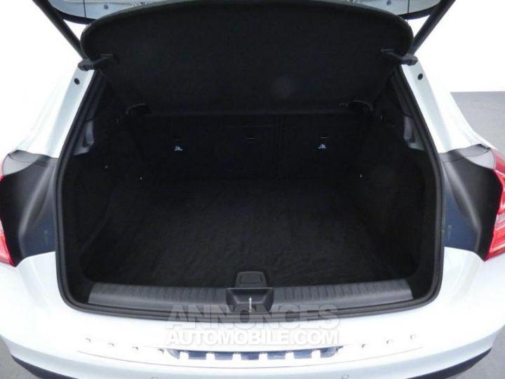 Mercedes Classe GLA 200 d Sensation 7G-DCT Blanc Cirrus Occasion - 18