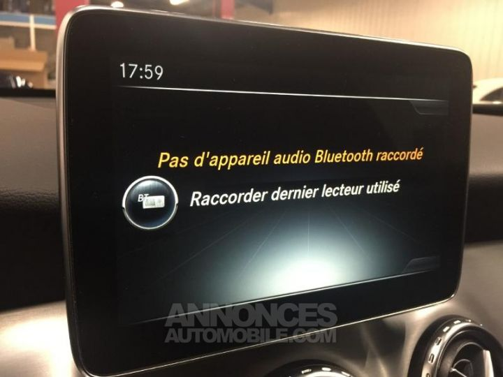 Mercedes Classe GLA 220 CDI Fascination 4Matic 7G-DCT NOIR COSMOS Occasion - 13