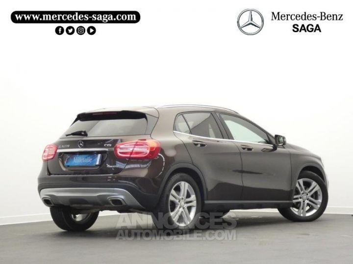 Mercedes Classe GLA 220 CDI Sensation 4Matic 7G-DCT Marron Orient Occasion - 2