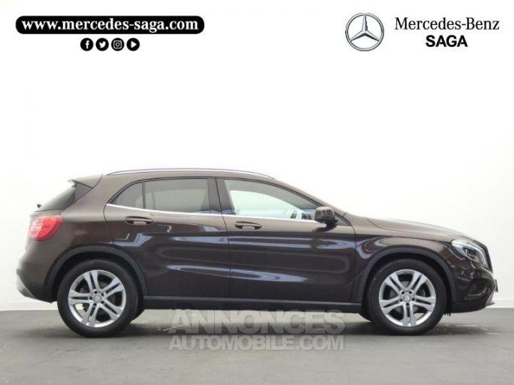 Mercedes Classe GLA 220 CDI Sensation 4Matic 7G-DCT Marron Orient Occasion - 6