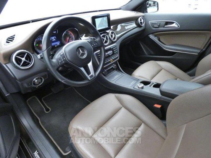 Mercedes Classe GLA 220 CDI Sensation 4Matic 7G-DCT Marron Orient Occasion - 8