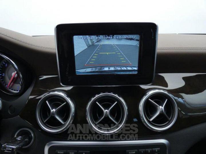 Mercedes Classe GLA 220 CDI Sensation 4Matic 7G-DCT Marron Orient Occasion - 9
