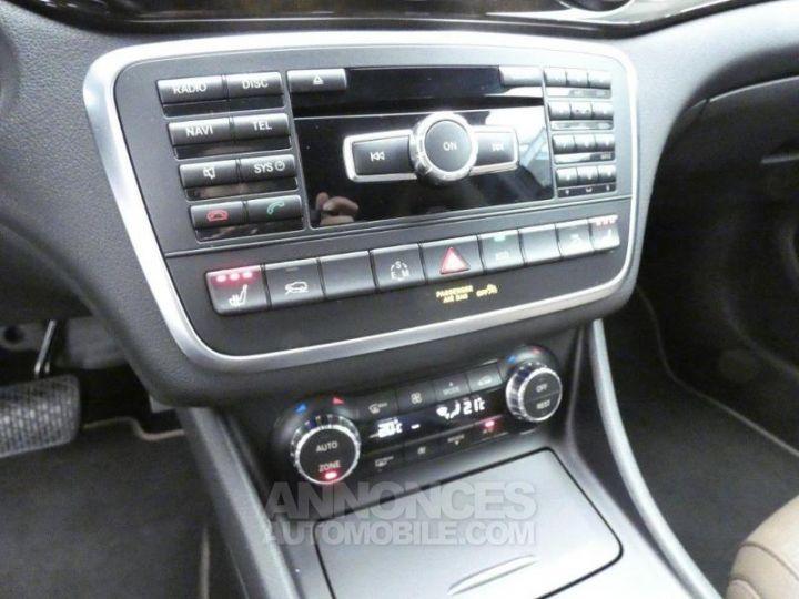 Mercedes Classe GLA 220 CDI Sensation 4Matic 7G-DCT Marron Orient Occasion - 12