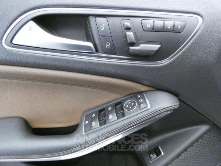 Mercedes Classe GLA 220 CDI Sensation 4Matic 7G-DCT Marron Orient Occasion - 15