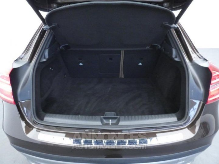 Mercedes Classe GLA 220 CDI Sensation 4Matic 7G-DCT Marron Orient Occasion - 18
