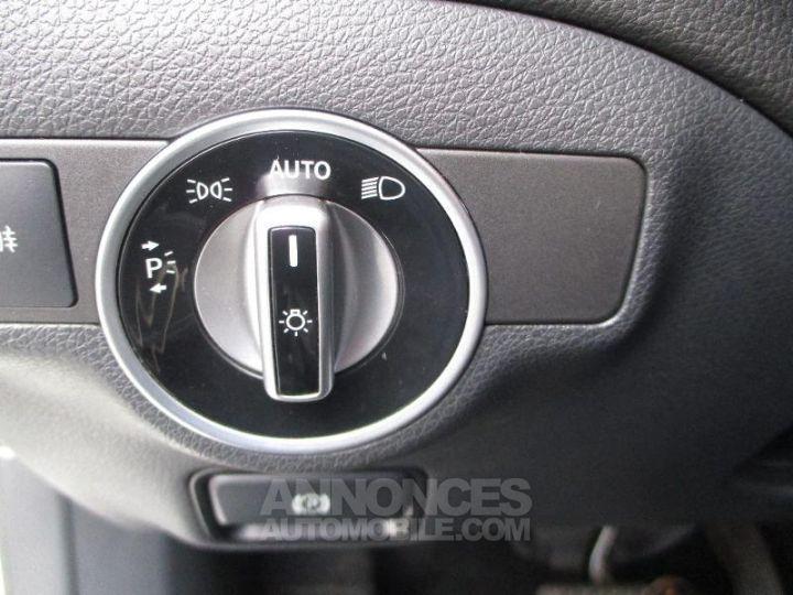 Mercedes Classe GLA 220 CDI Sensation 4Matic 7G-DCT BLAN CIRRUS Occasion - 13