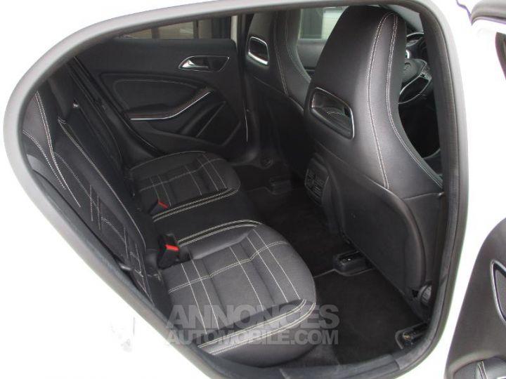 Mercedes Classe GLA 220 CDI Sensation 4Matic 7G-DCT BLAN CIRRUS Occasion - 15