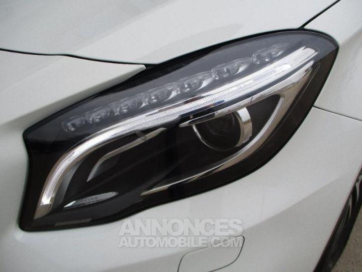 Mercedes Classe GLA 220 CDI Sensation 4Matic 7G-DCT BLAN CIRRUS Occasion - 16