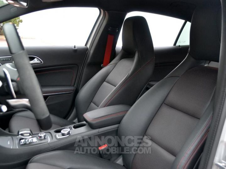 Mercedes Classe GLA 45 AMG 381ch 4Matic Speedshift DCT AMG Gris Irridium Occasion - 5