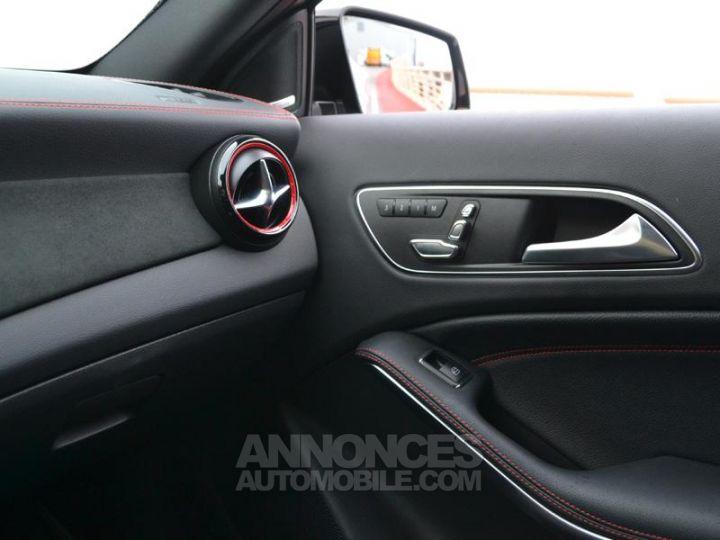 Mercedes Classe GLA 45 AMG 381ch 4Matic Speedshift DCT AMG Gris Irridium Occasion - 17