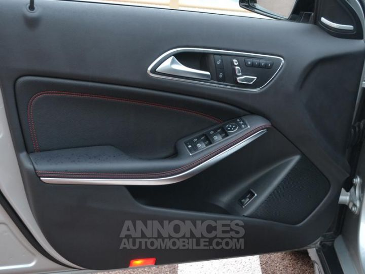 Mercedes Classe GLA 45 AMG 381ch 4Matic Speedshift DCT AMG Gris Irridium Occasion - 18