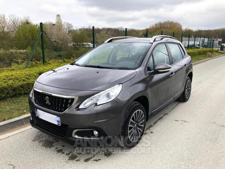 Peugeot 2008 2 16 BLUEHDI 75 ACTIVE Gris Occasion - 1