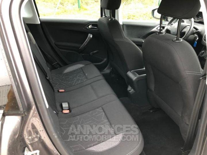 Peugeot 2008 2 16 BLUEHDI 75 ACTIVE Gris Occasion - 12