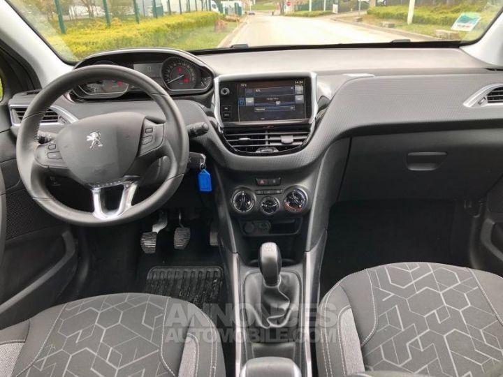 Peugeot 2008 2 16 BLUEHDI 75 ACTIVE Gris Occasion - 13