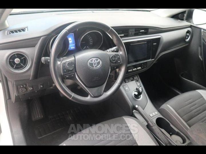 Toyota AURIS HSD 136h Design BLANC PUR Occasion - 4