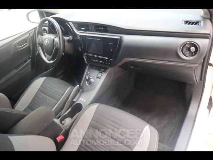 Toyota AURIS HSD 136h Design BLANC PUR Occasion - 5