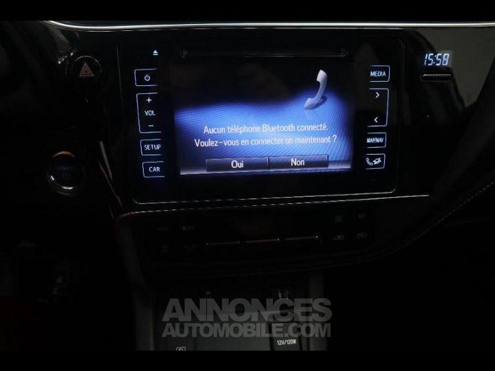 Toyota AURIS HSD 136h Design BLANC PUR Occasion - 6