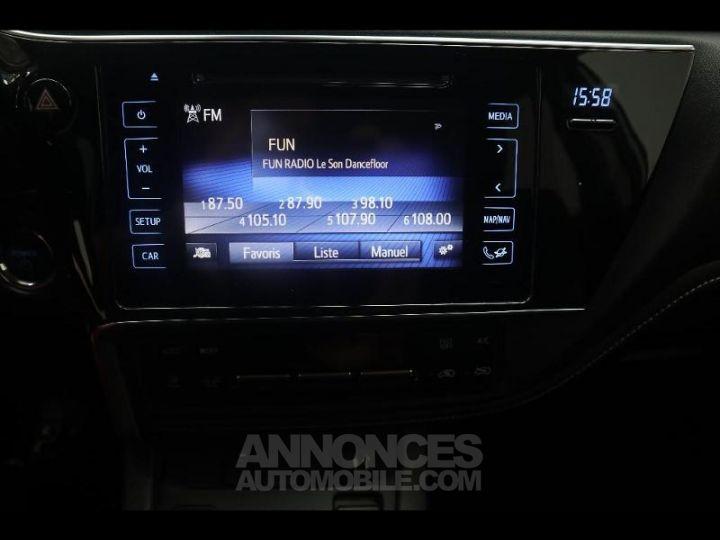 Toyota AURIS HSD 136h Design BLANC PUR Occasion - 7