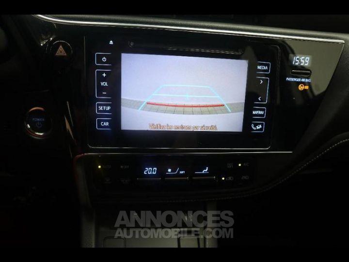 Toyota AURIS HSD 136h Design BLANC PUR Occasion - 9