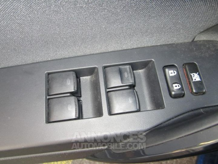 Toyota AURIS HSD 136h Design BLEU F Occasion - 11