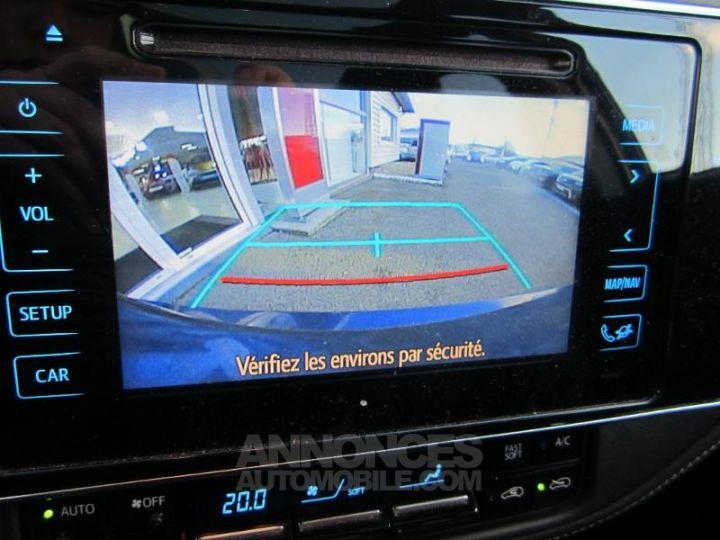 Toyota AURIS HSD 136h Design BLEU F Occasion - 16