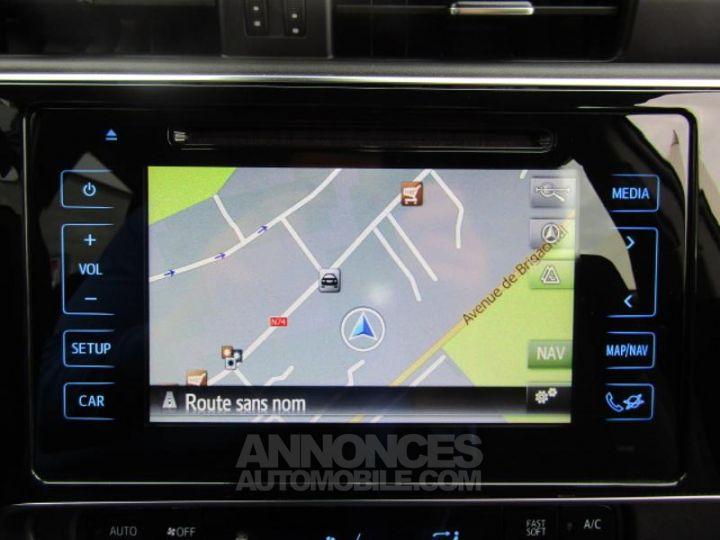 Toyota AURIS HSD 136h Dynamic Bleu Clair Occasion - 4