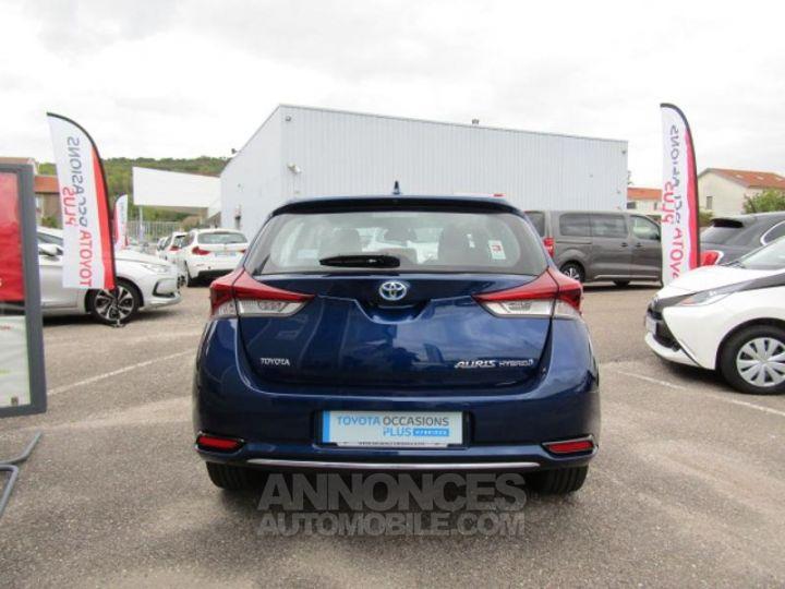 Toyota AURIS HSD 136h Dynamic Bleu Clair Occasion - 9