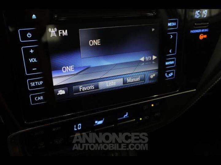 Toyota AURIS HSD 136h Dynamic bleu denim Occasion - 9
