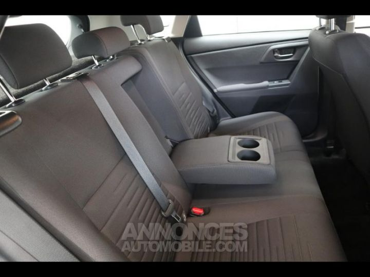 Toyota AURIS HSD 136h Dynamic bleu denim Occasion - 11