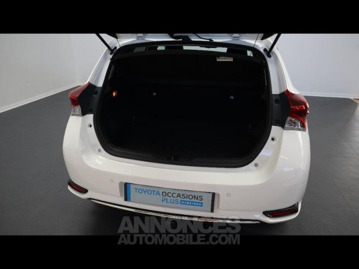Toyota AURIS HSD 136h Executive BLANC Occasion - 5