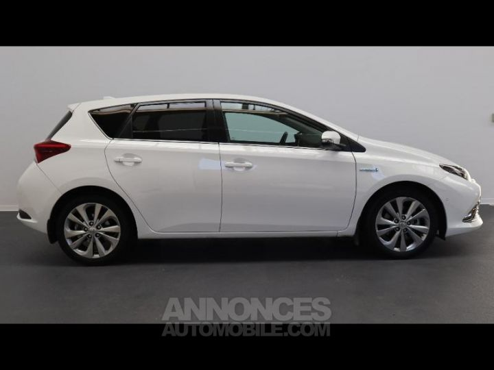Toyota AURIS HSD 136h Executive BLANC Occasion - 7