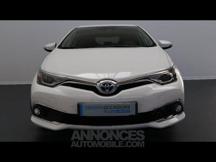 Toyota AURIS HSD 136h Executive BLANC Occasion - 8
