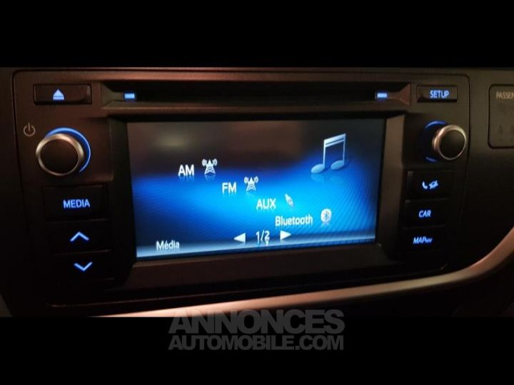Toyota AURIS HSD 136h Feel GRIS C Occasion - 6
