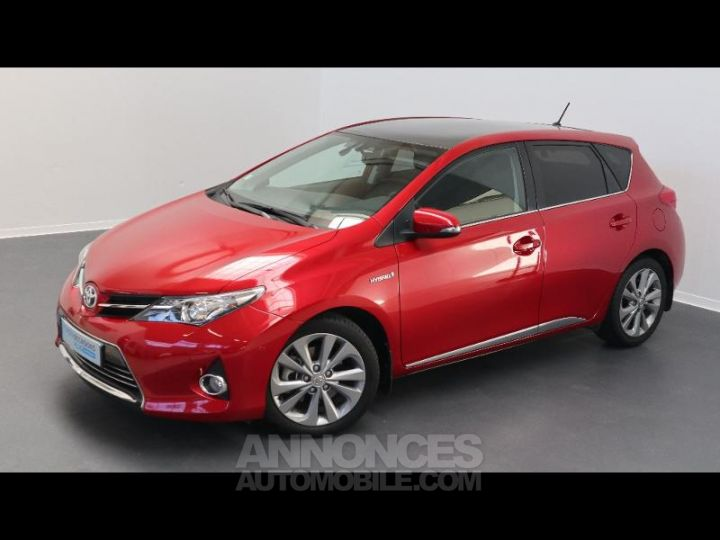 Toyota AURIS HSD 136h Style ROUGE Occasion - 1