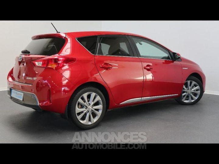 Toyota AURIS HSD 136h Style ROUGE Occasion - 13