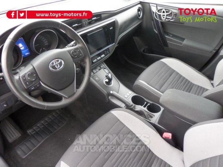 Toyota AURIS TOURING SPORTS HSD 136h Design Business GRIS Occasion - 9
