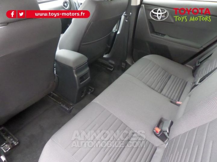Toyota AURIS TOURING SPORTS HSD 136h Design Business GRIS Occasion - 10