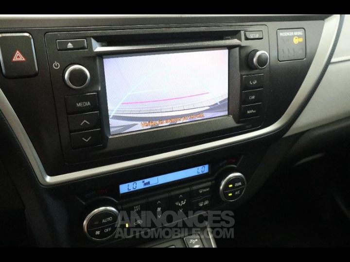 Toyota AURIS TOURING SPORTS HSD 136h Style GRIS F Occasion - 16