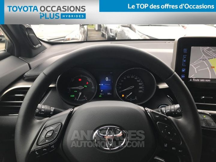 Toyota C-HR 122h Collection 2WD E-CVT RC18 BI TON GRIS PLATINIUM Occasion - 8