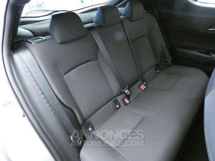 Toyota C-HR 122h Dynamic Business 2WD E-CVT GRIS ALUMINUM Occasion - 5