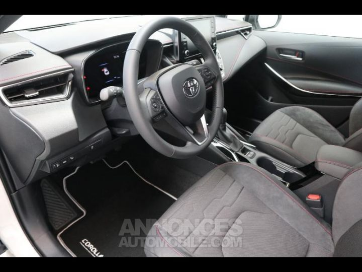 Toyota COROLLA 180h Collection BI TON BLANC NACRE   NOIR Occasion - 6