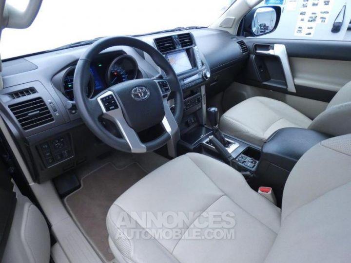 Toyota LAND CRUISER 173 D-4D FAP Lounge BVA 3p NOIR Occasion - 9
