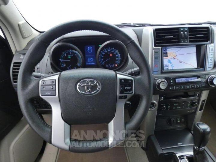 Toyota LAND CRUISER 173 D-4D FAP Lounge BVA 3p NOIR Occasion - 12