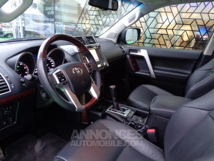 Toyota LAND CRUISER 177 D-4D FAP Lounge Pack Techno BVA GRIS ABYSSE Occasion - 4
