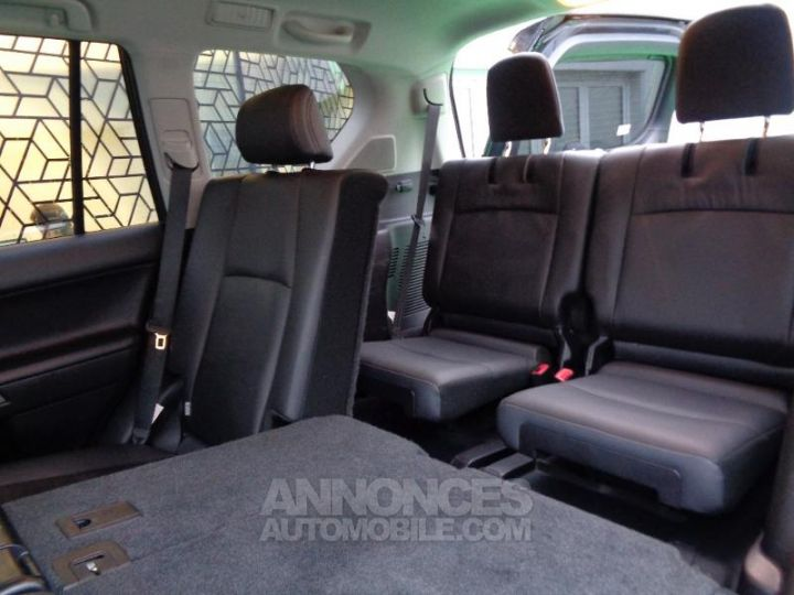 Toyota LAND CRUISER 177 D-4D FAP Lounge Pack Techno BVA GRIS ABYSSE Occasion - 9