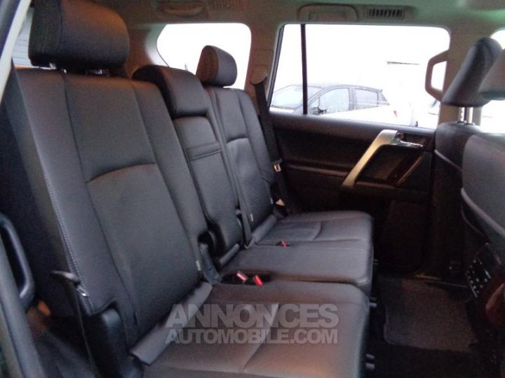 Toyota LAND CRUISER 177 D-4D FAP Lounge Pack Techno BVA GRIS ABYSSE Occasion - 10