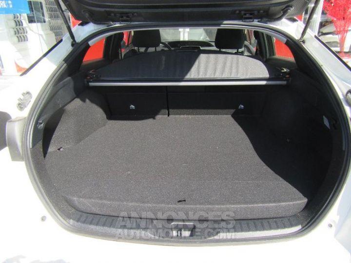 Toyota PRIUS 122h BLANC NACRE Occasion - 11